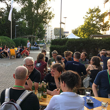 Networking am Samstag Abend